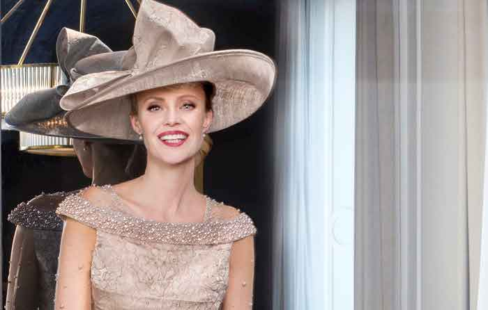 Mother Of The Bride Hats For Short Hair: 10 Mother Of The Bride And Groom Outfits For Summer 2017