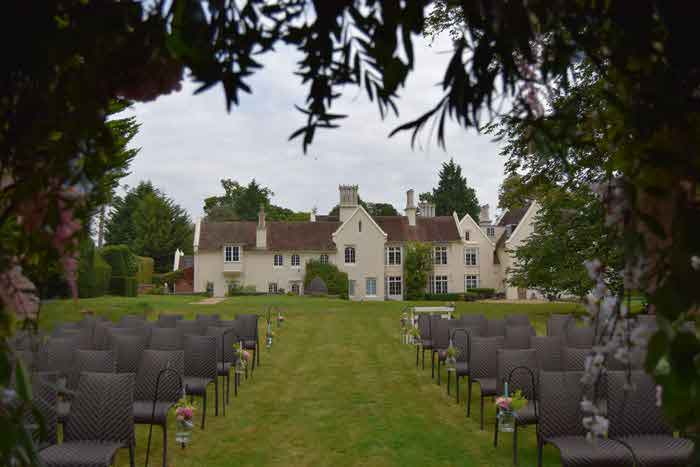 Romantic Outdoor Wedding Venues