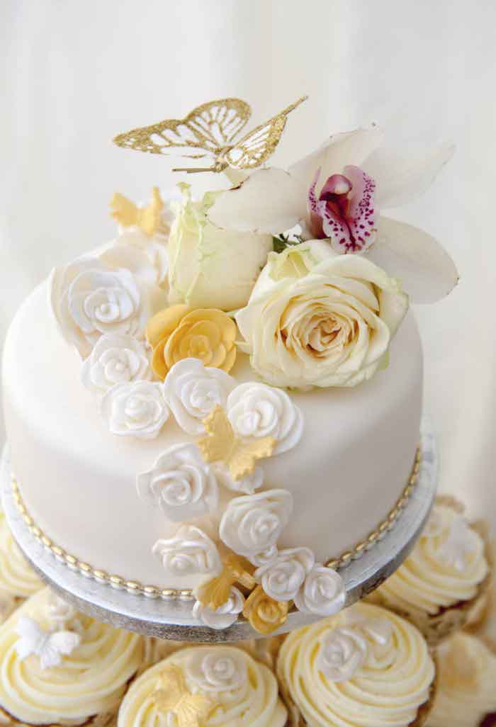 wedding cake ideas pictures uk what style of wedding cake 22930