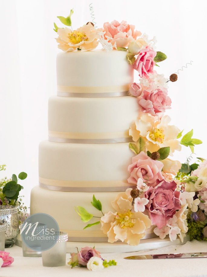 wedding cakes with flowers on top top 10 wedding cake trends for 2015 the and the 26022