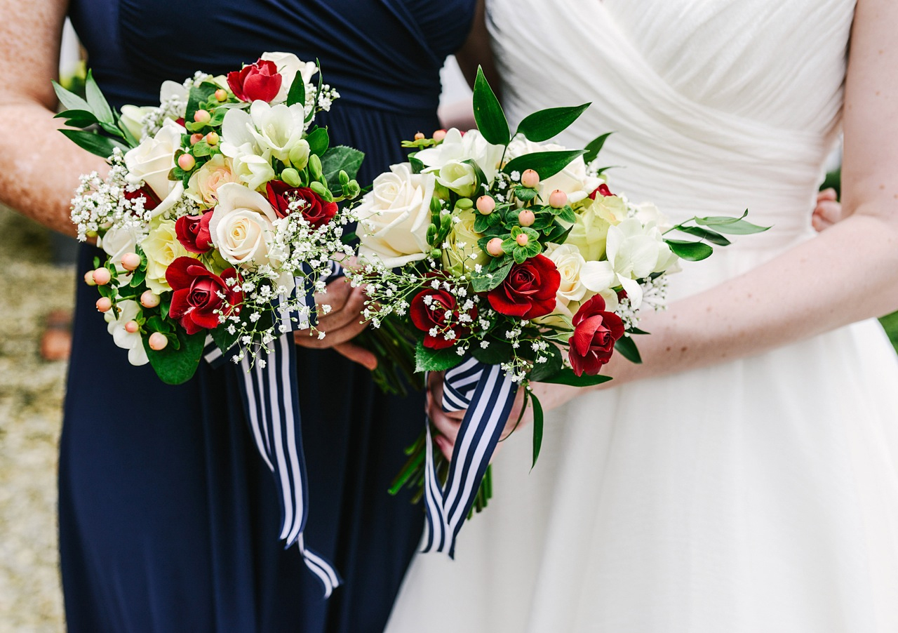 bride-and-bridesmaid-bouquet-by-katie-drouet