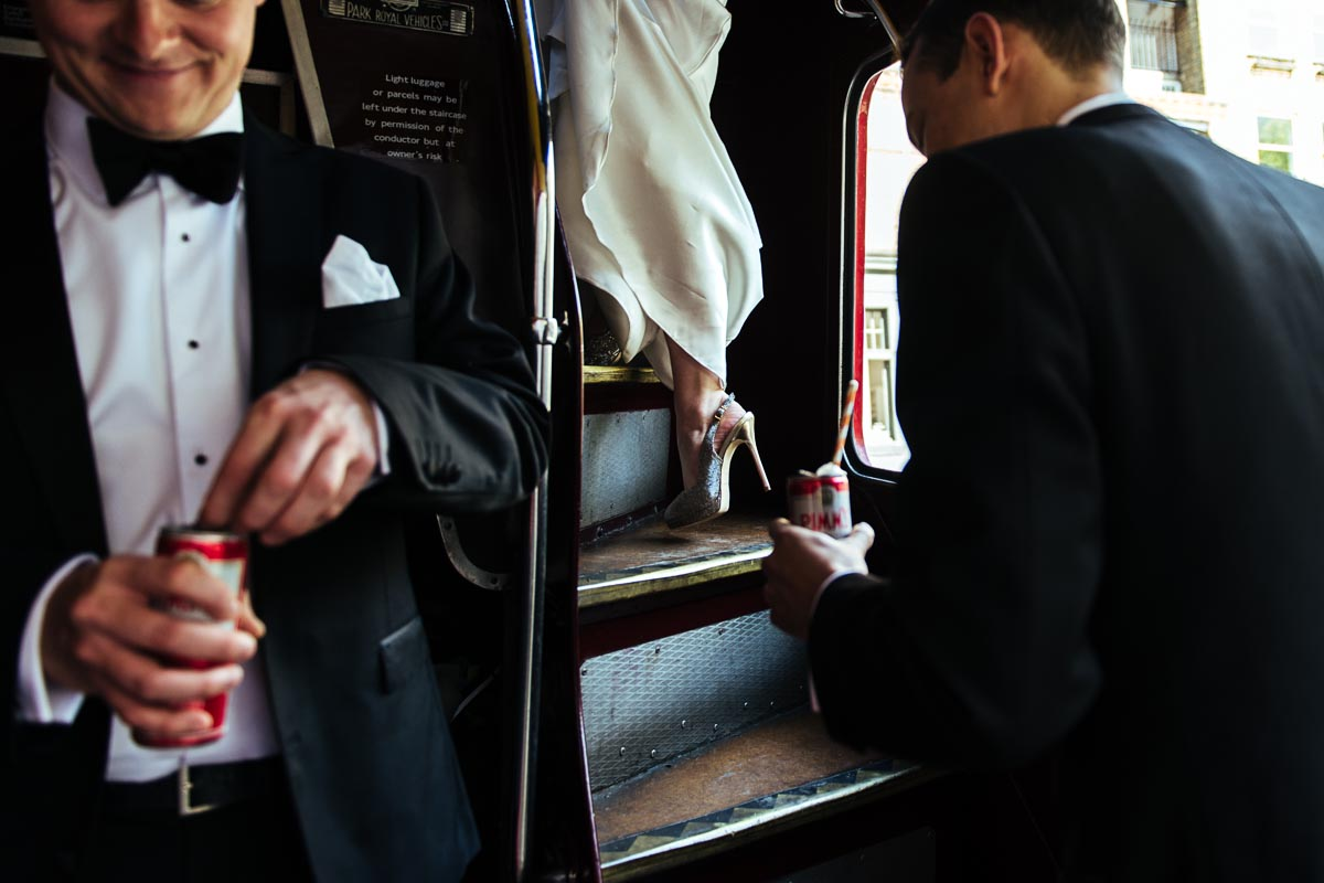 stephen-bunn-wedding-photography-routemaster