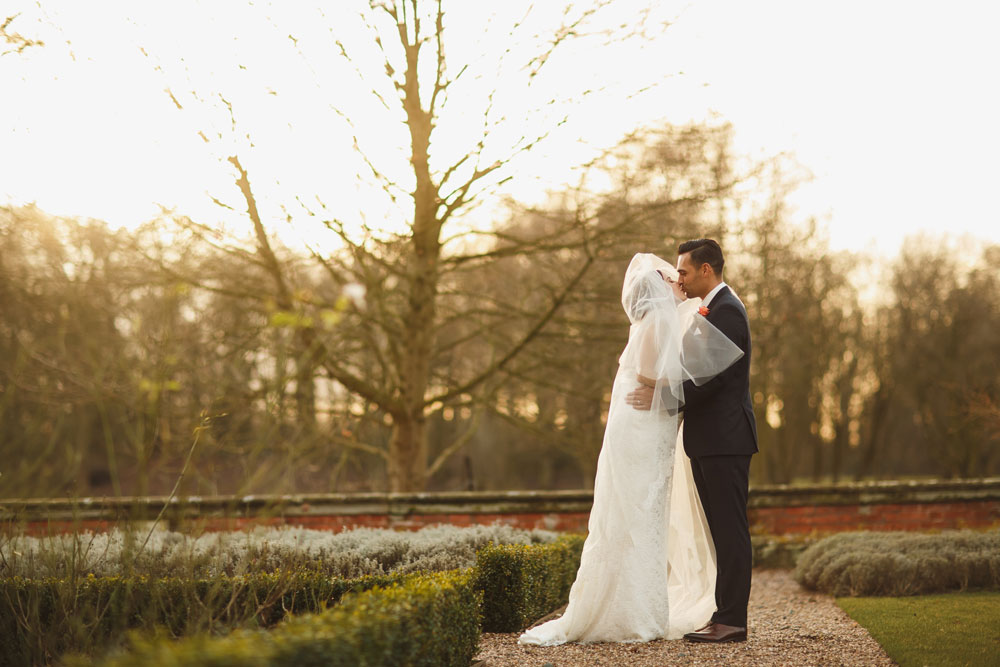 A Pregnant Bride In Fairytale Winter Wedding: Faye Currie