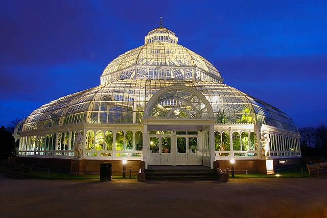 bride-the-wedding-fayre-at-the-palm-house