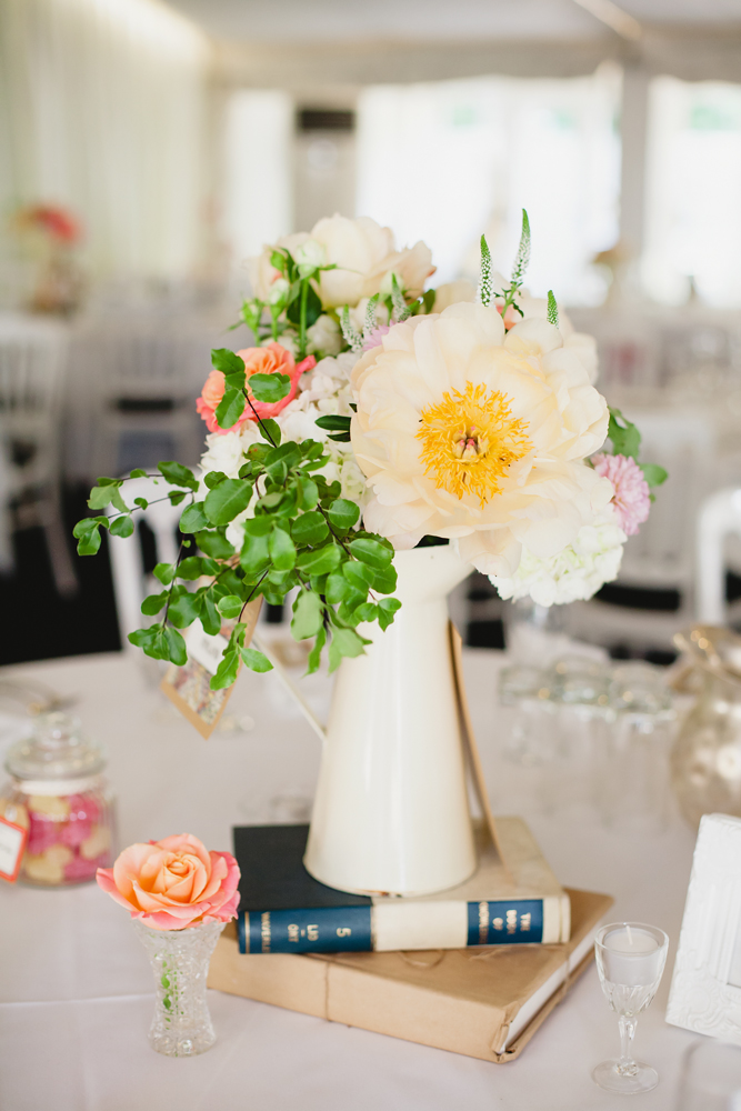 peony-jug-centrepiece-by-passion-for-flowers