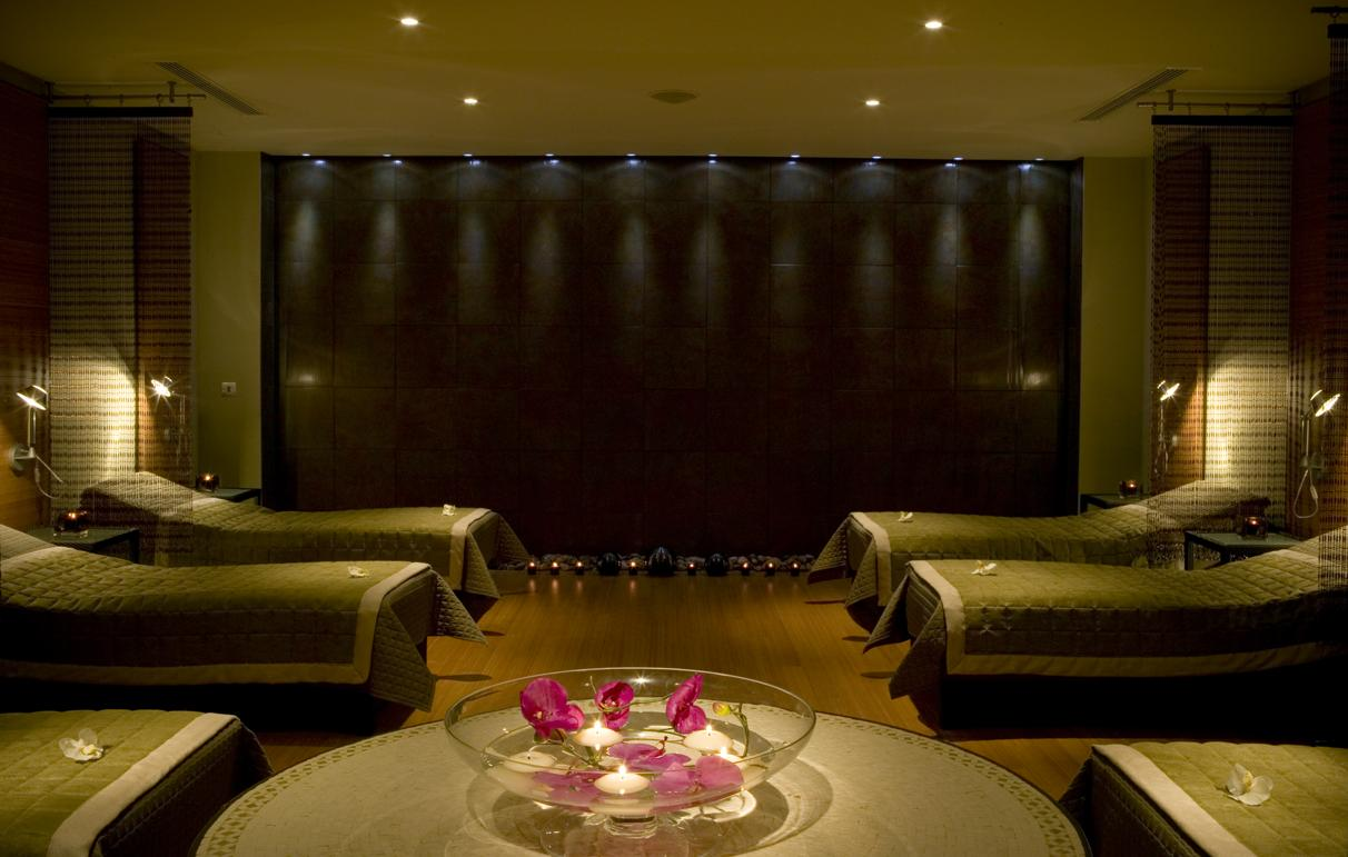 Hotel Foyer Spa : Cheshire lancashire staffordshire spas for the stressed