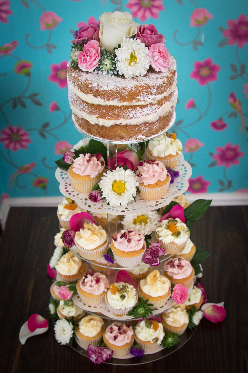 Six Naked Wedding Cake Ideas