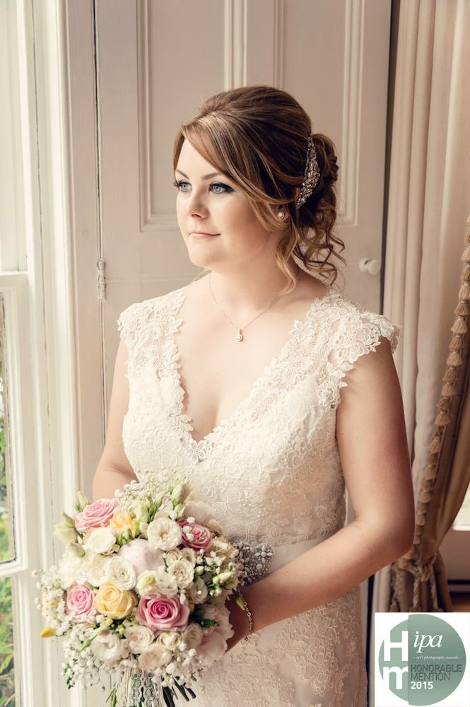 martyn-norsworthy-turns-heads-with-bridal-pictures-3
