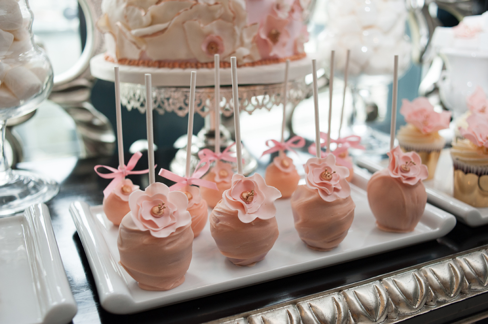 Seven Tips To Create The Perfect Pick And Mix Dessert Table