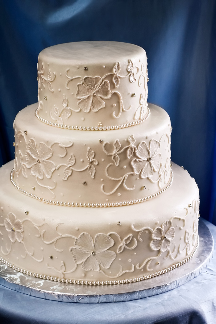 Royal Icing Wedding Cake Sponge