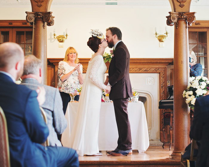 a-relaxed-art-inspired-lancashire-wedding-14