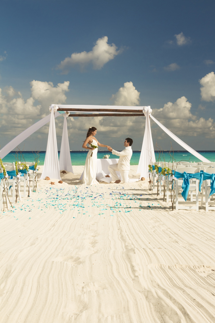 Save 1000 on mexico wedding packages with thomas cook and for Mexico wedding packages