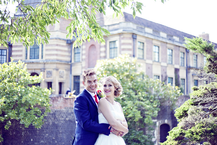 red-roses-and-1950s-elegance-at-a-london-wedding-hannah-davy-and-jonathan-sims-20