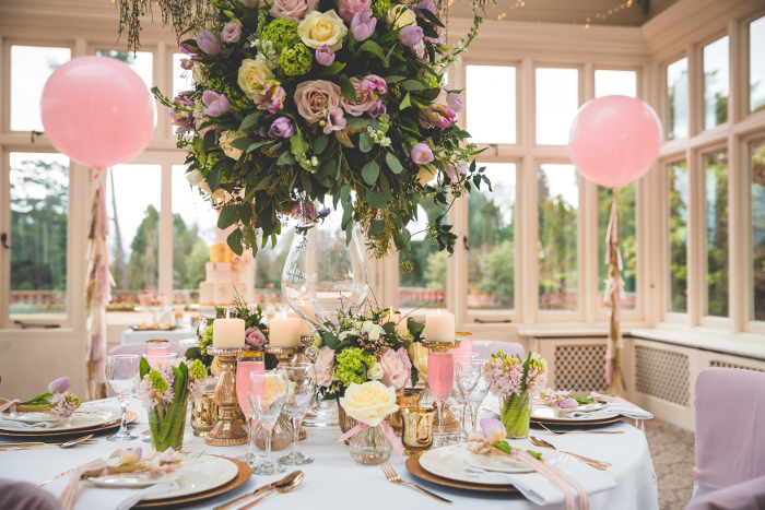 a-pale-pink-and-gold-sparkle-spring-wedding-shoot-in-hampshire-12