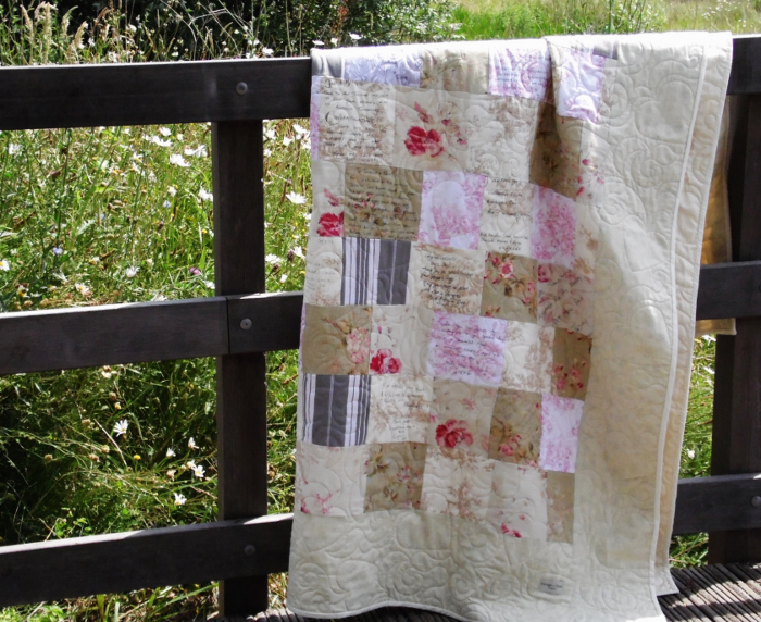personalised-wedding-gift-ideas-quilt