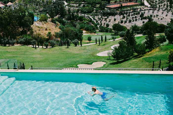 a-dreamy-destination-wedding-in-marbella-richard-and-natalie-4