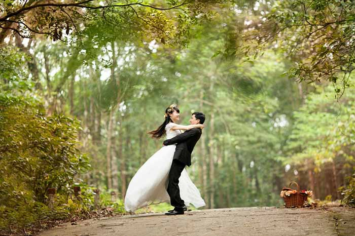 how-to-take-your-first-steps-into-wedding-photography-4