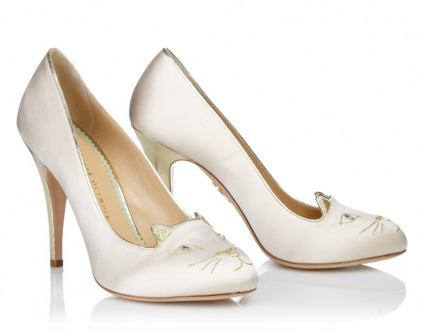 eight-bridal-shoe-designs-to-complete-your-outfit-2