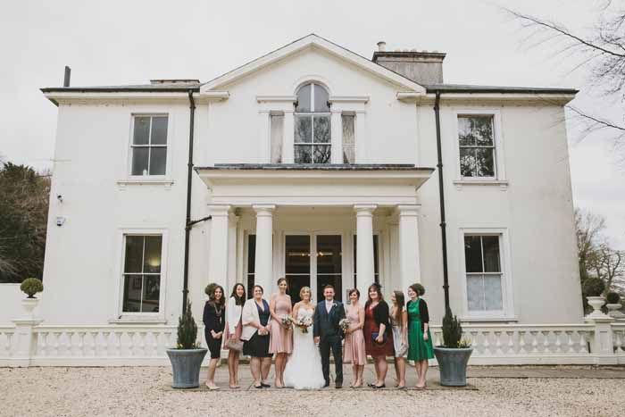 a-neutral-and-navy-wedding-in-hampshire-21