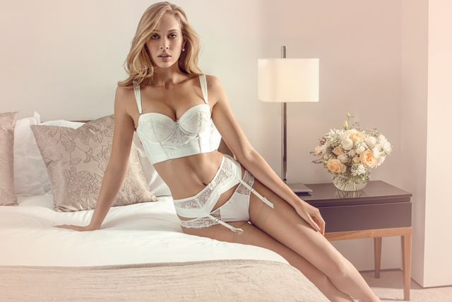 10-luxury-lingerie-sets-for-your-wedding-7