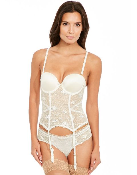 10-luxury-lingerie-sets-for-your-wedding-11