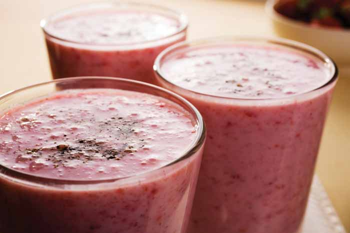 three-fruity-and-filling-smoothie-recipes-1