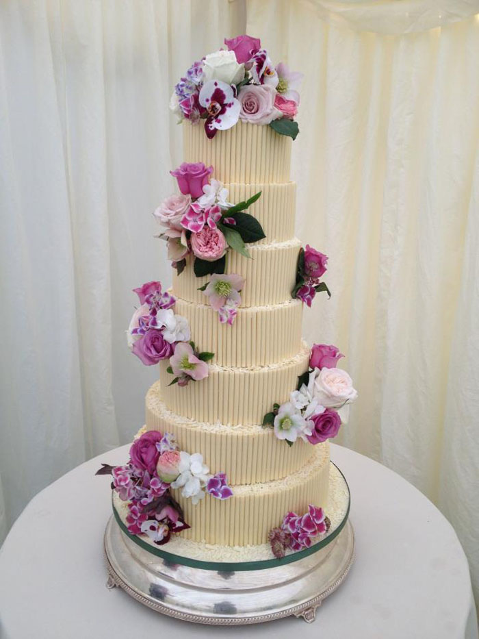 12-of-the-best-chocolate-wedding-cakes-8