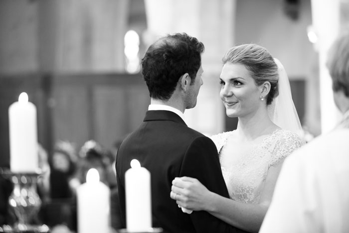 alex-and-lizzie-martins-wiltshire-wedding-6