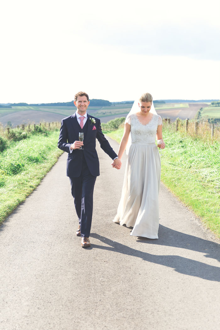 alex-and-lizzie-martins-wiltshire-wedding-10