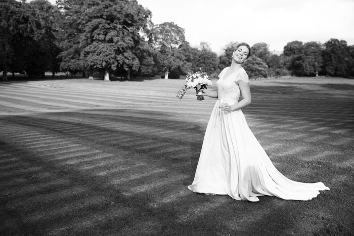 alex-and-lizzie-martins-wiltshire-wedding-13