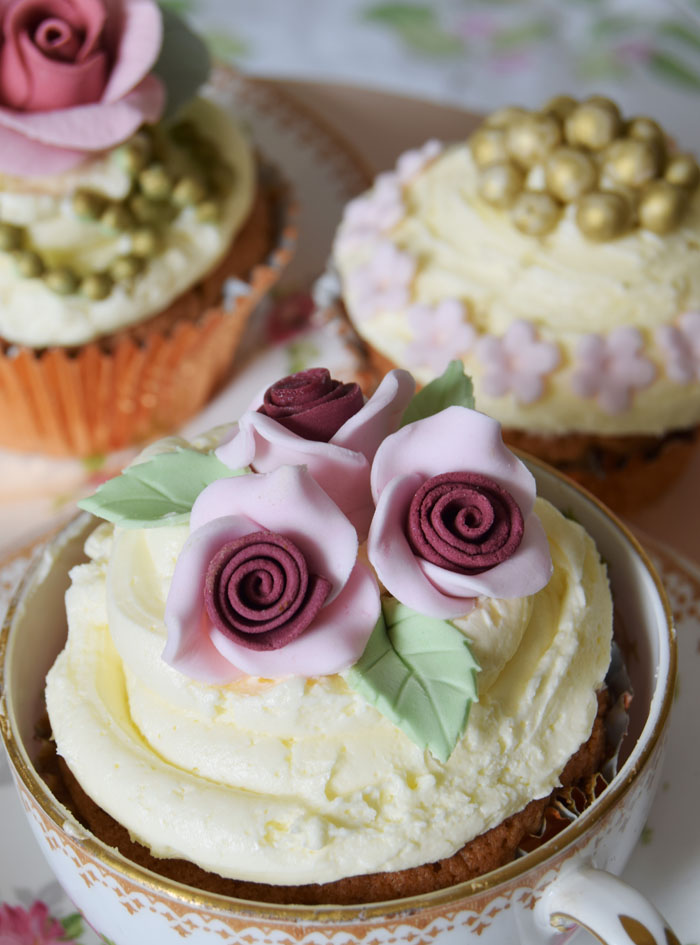 four-summer-wedding-cakes-6