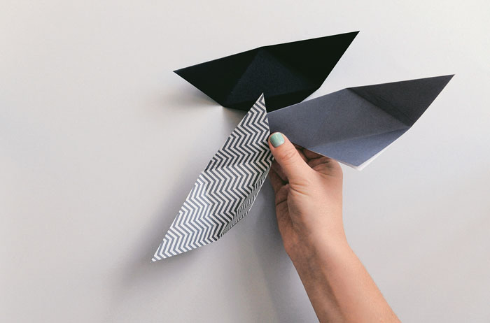 origami-triangular-basket-step-by-step-9