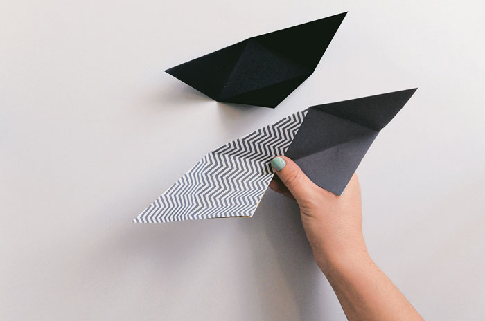 origami-triangular-basket-step-by-step-10