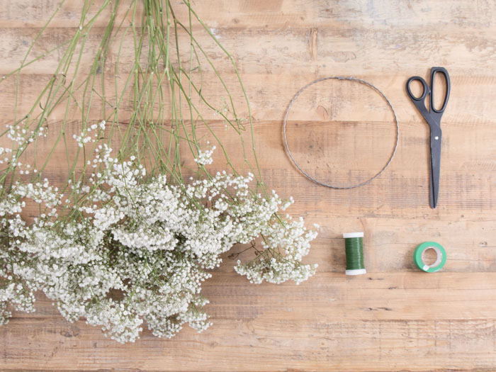 how-to-create-your-own-flower-crown-3