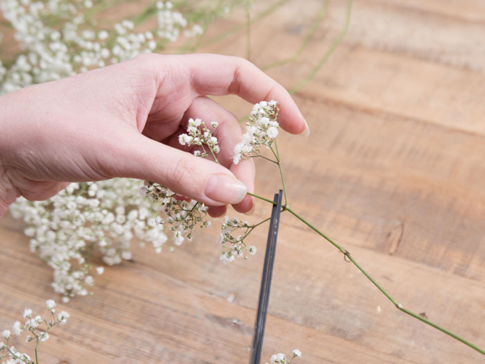 how-to-create-your-own-flower-crown-4