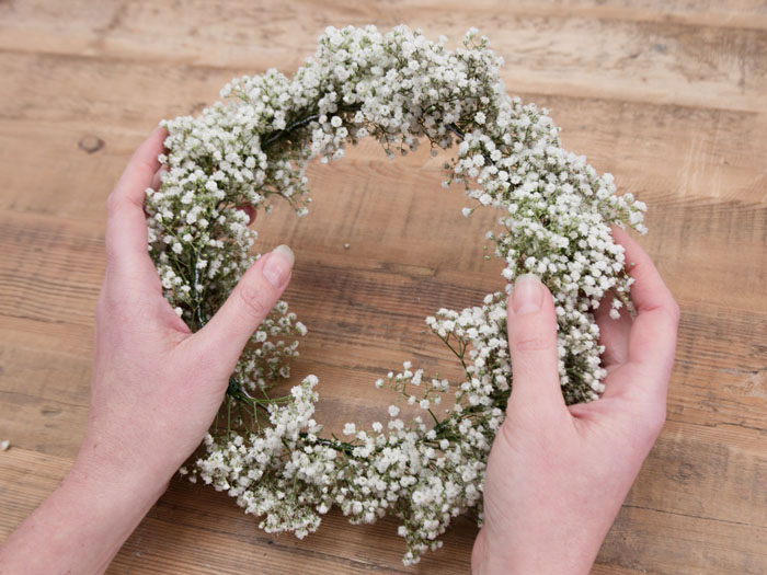 how-to-create-your-own-flower-crown-9