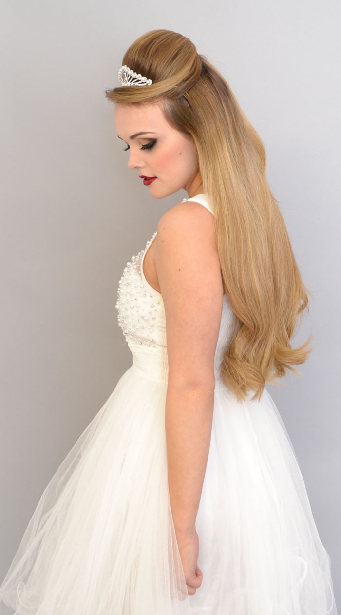 10-bridal-hair-looks-using-extensions-2