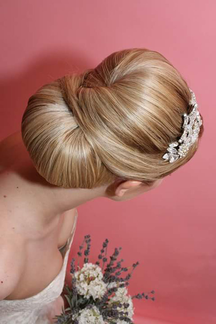 10-bridal-hair-looks-using-extensions-3