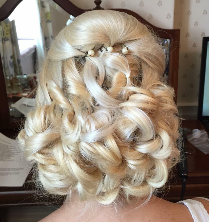 10-bridal-hair-looks-using-extensions-5