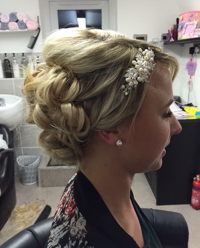 10-bridal-hair-looks-using-extensions-10