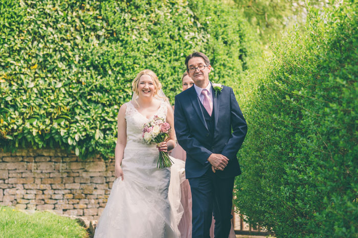 a-relaxed-cotswolds-wedding-david-and-lucy-gainford-10