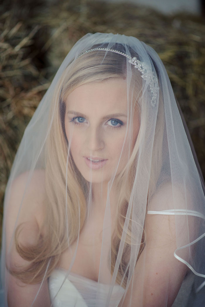 a-rustic-bridal-shoot-in-hampshire-4