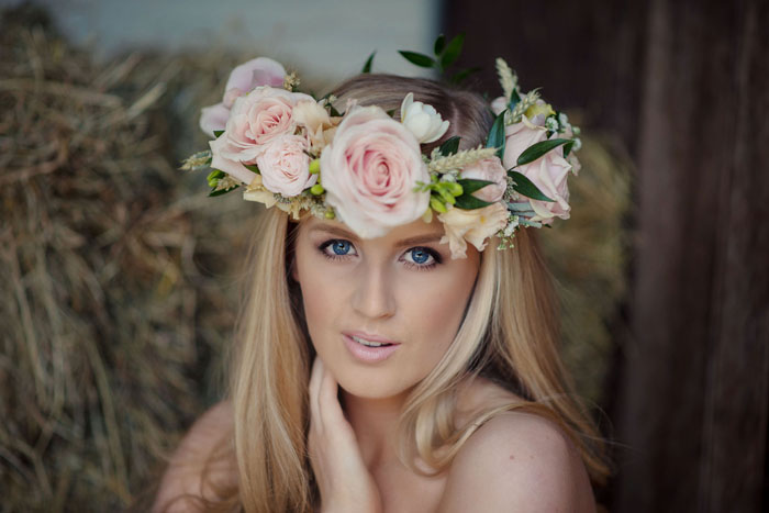 a-rustic-bridal-shoot-in-hampshire-6