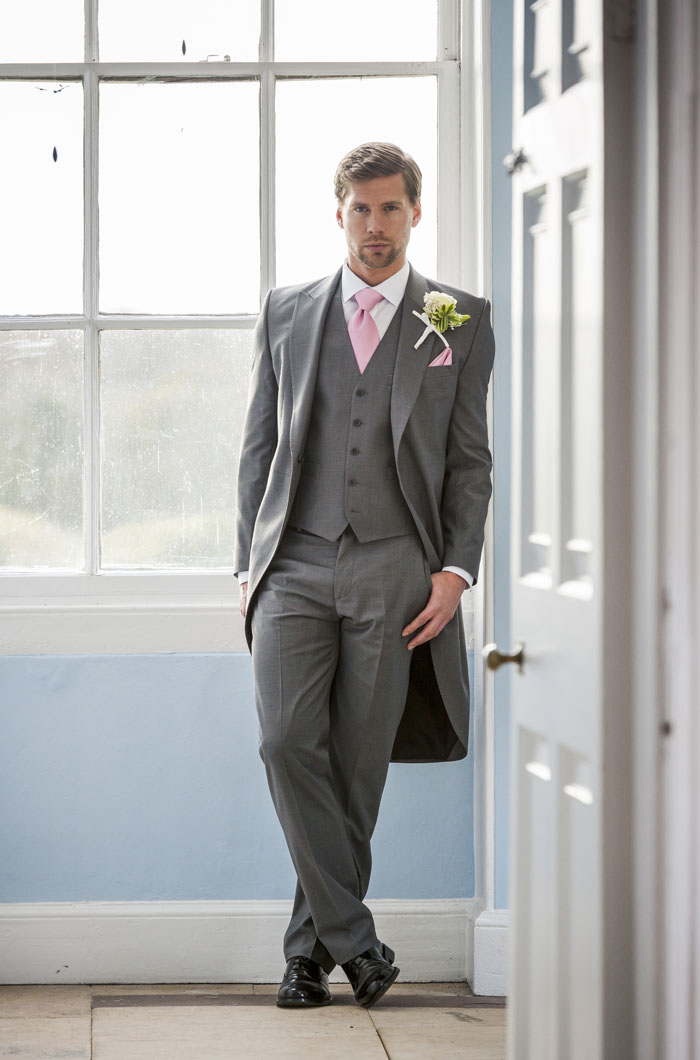 tailored-suits-at-bride-the-wedding-show-at-westpoint-3
