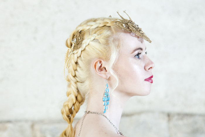 a-game-of-thrones-inspired-bridal-shoot-in-gloucester-19
