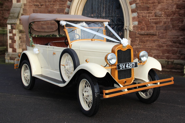 six classic cars for your wedding day 5