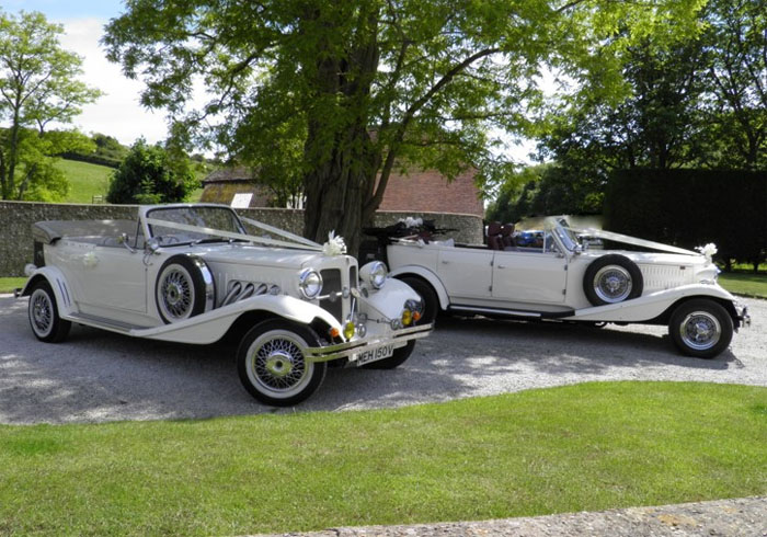 six-classic-cars-for-your-wedding-day-4