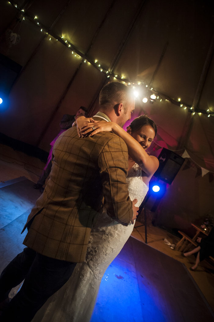 first-dance-shots-from-photographers-at-bride-the-wedding-show-at-westpoint-7