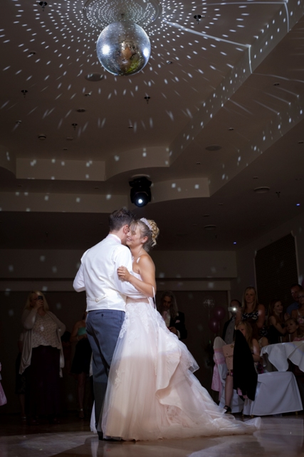 first-dance-shots-from-photographers-at-bride-the-wedding-show-at-westpoint-8