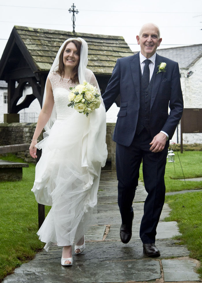 wedding-of-the-week-amy-greenwood-and-chris-downham-8